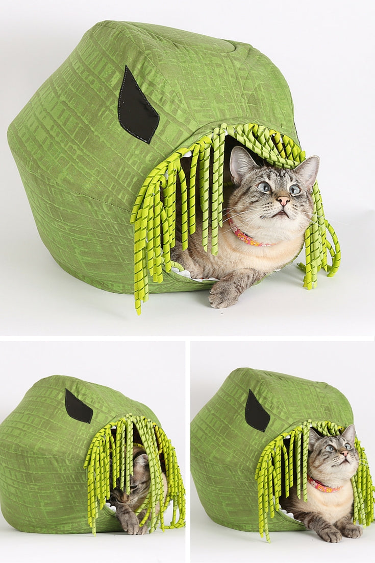 The Cthulhu Cat Ball cat bed is made in the image of mighty Cthulhu