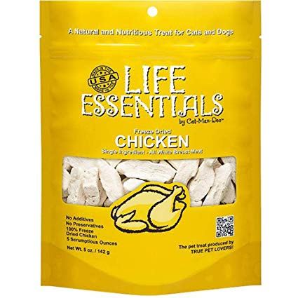 Life Essentials dehydrated chicken cat treats made by Cat-Man-Doo