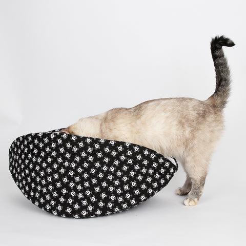 Jumbo Cat Canoe in skull and crossbones fabric