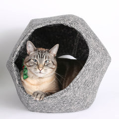 The Cat Ball cat bed will be at CatConLA in 2016
