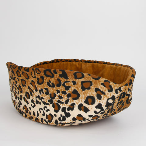 The CAT CANOE modern cat bed made in cotton leopard fabric