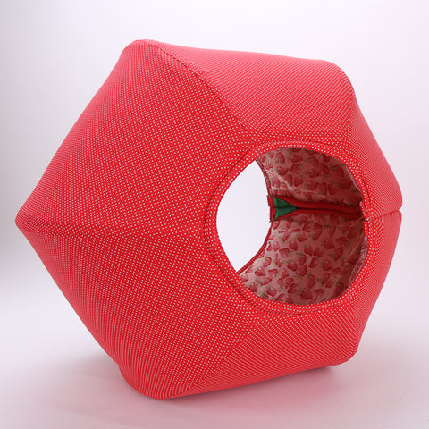 This Cat Ball looks like a strawberry, it's a pet bed that looks like fruit. Our innovative modern cat bed is hexagonal, flexible, washable and has two openings