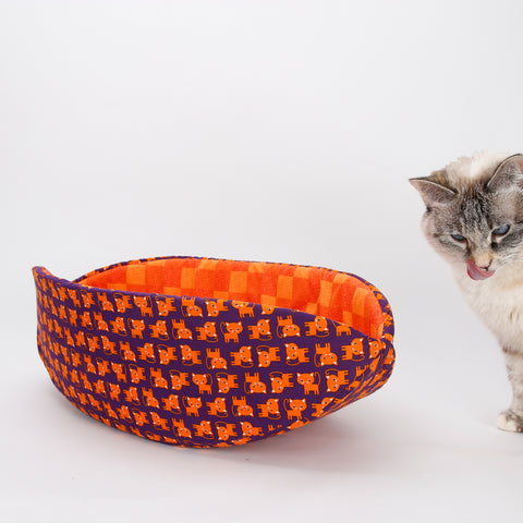 Cat Canoe in purple with cute orange kitties