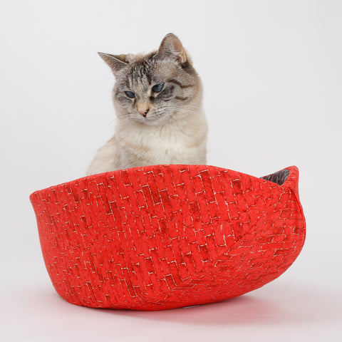 Urban Cat Canoe bed, a modern cat bed made with red bricks fabric and an ant farm lining