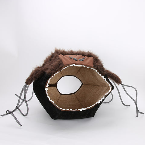 The spider Cat Ball® is a spooky version of our Cat Ball® cat bed for Halloween