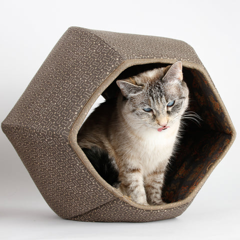 This Cat Ball cat bed is made in a fabric from the Manor House collection, a group of muted, Victorian era inspired cotton prints