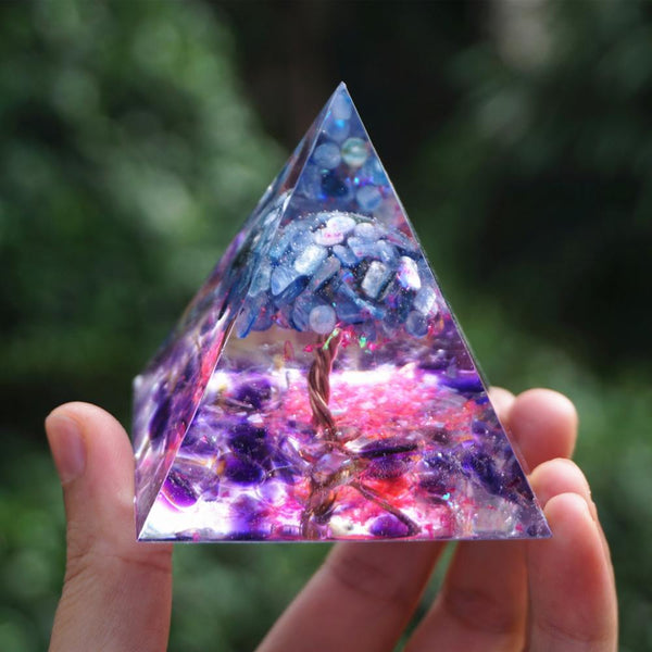Orgonite Pyramid Tree of Life Kyanite Quartz With Amethyst Crystal Reiki Energy Healing Orgone Pyramide Meditate EMF Protection