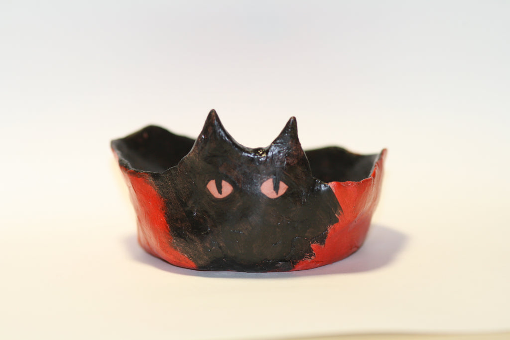 Little cat trinket bowl