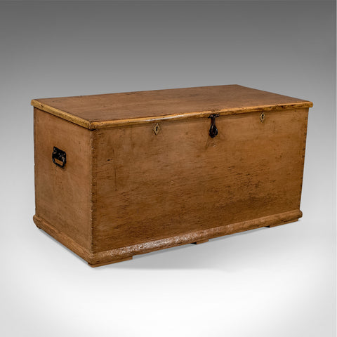 Antique Large Victorian Pine Trunk Storage Chest Blanket Toy Box c1900