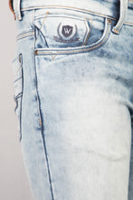Load image into Gallery viewer, Persia Blue Denim Jeans