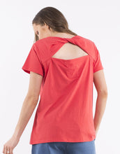 Load image into Gallery viewer, Bonita Twist Back Tee - Red
