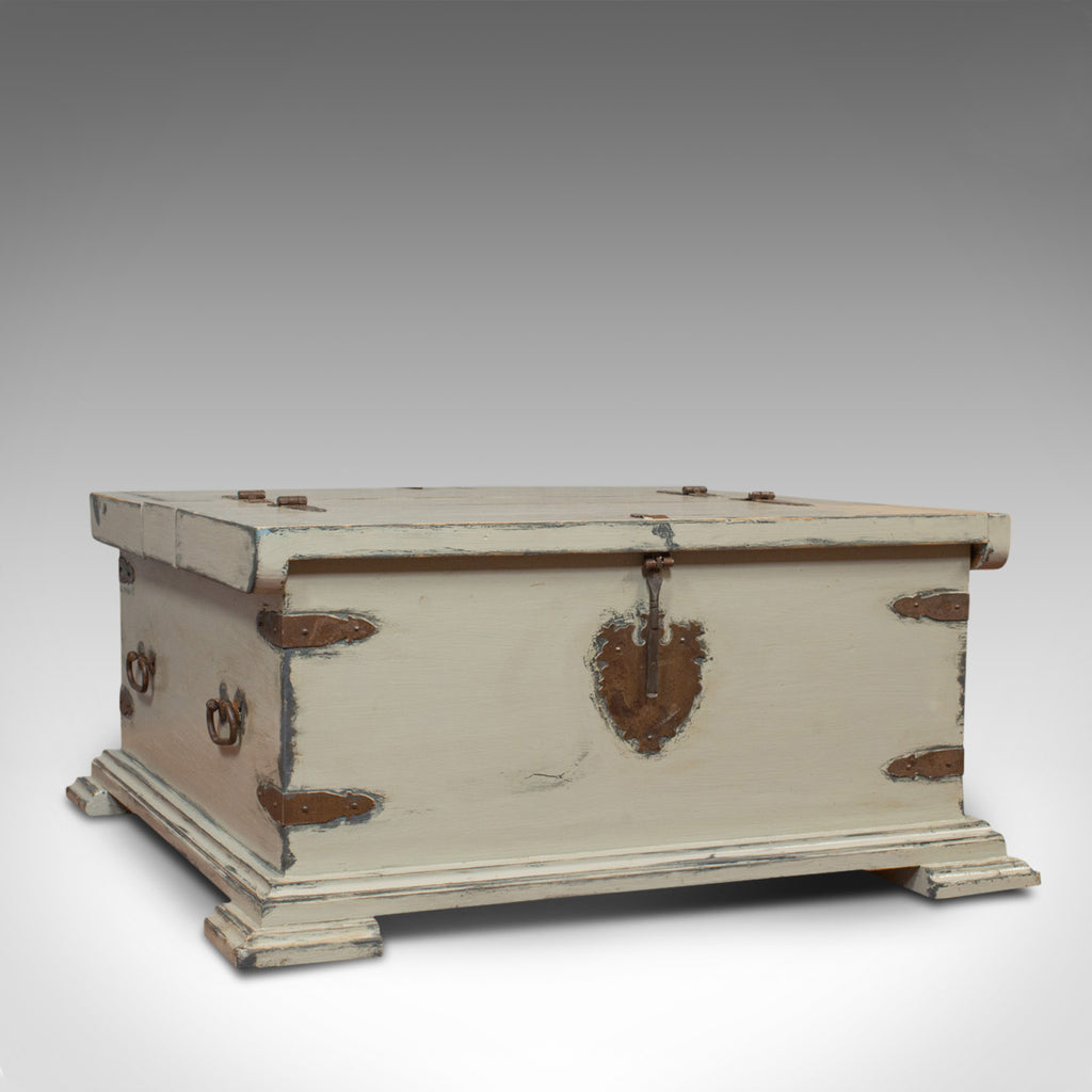 Vintage Carriage Trunk English Pine Iron Bound Travel Chest Coffee Table
