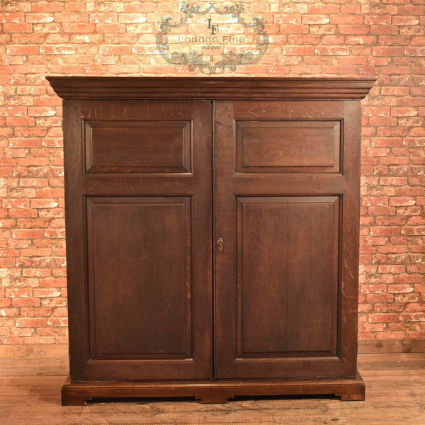 Late Georgian English Oak Cupboard, c.1800 - London Fine Antiques