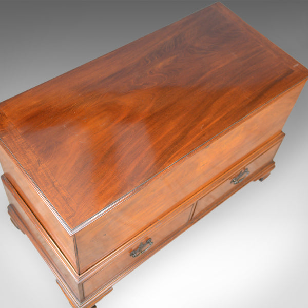 Antique, Mule Chest, English, Georgian Housekeepers Trunk, Mahogany, Circa 1780