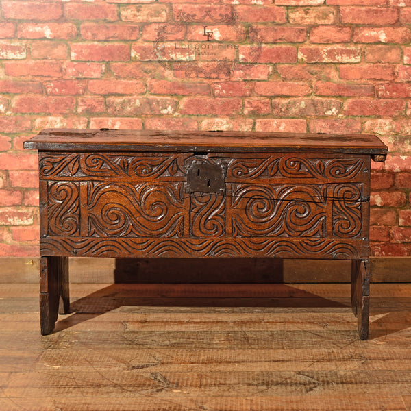 Cromwellian Six Plank Chest, c.1650 - London Fine Antiques - 4
