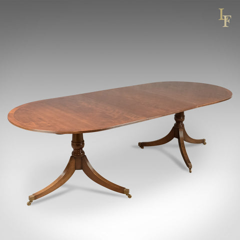 8 Seat Extending Dining Table in Regency Taste, Mahogany - London Fine Antiques