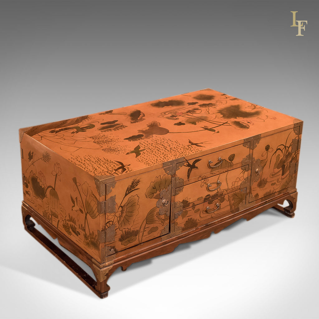 Lacquered Low Table in Japanese Taste, 20th Century - London Fine Antiques