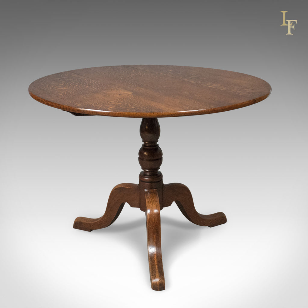 Mid-Size Antique Tilt Top Table, Circular, Georgian, Oak c.1760