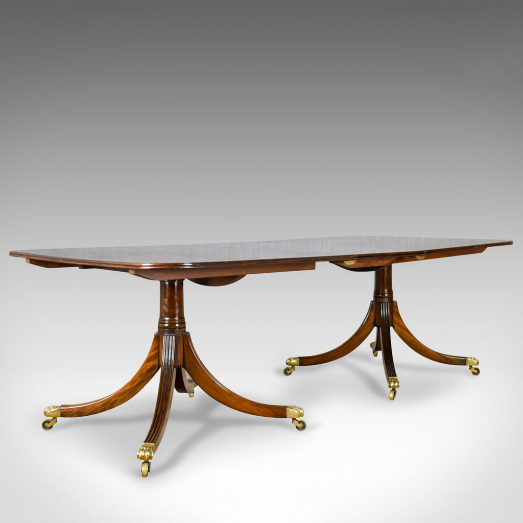 Six to Eight Seat, Extending Dining Table in Regency Taste, Mahogany, C20th - London Fine Antiques