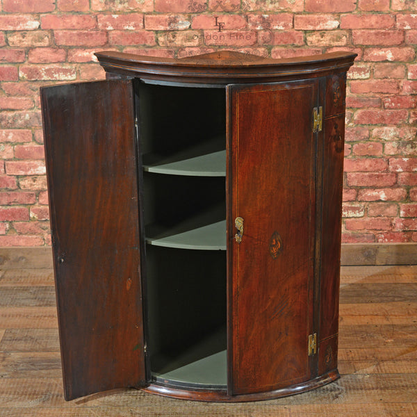 Georgian Bow Fronted Corner Cabinet, c.1780 - London Fine Antiques - 4