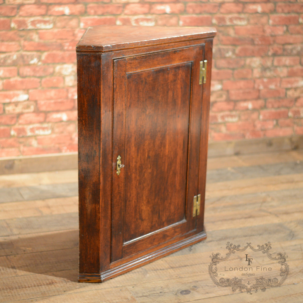 Georgian Corner Cabinet - London Fine Antiques