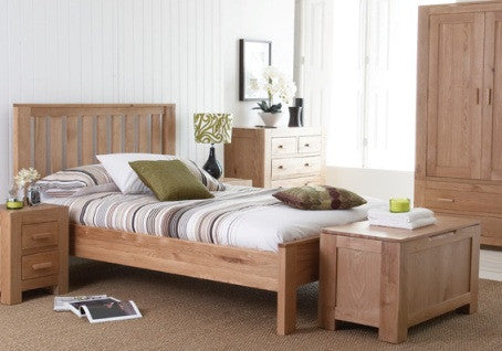 Bold Oak Beds