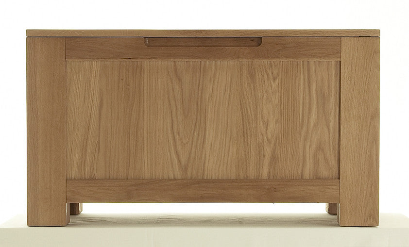 Blanket Box in Bold Oak by Cheshire Bedrooms Co.