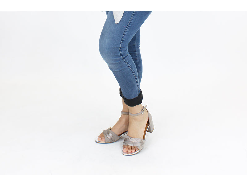 Regarde le Ciel Sandals Catty Peltro Grey