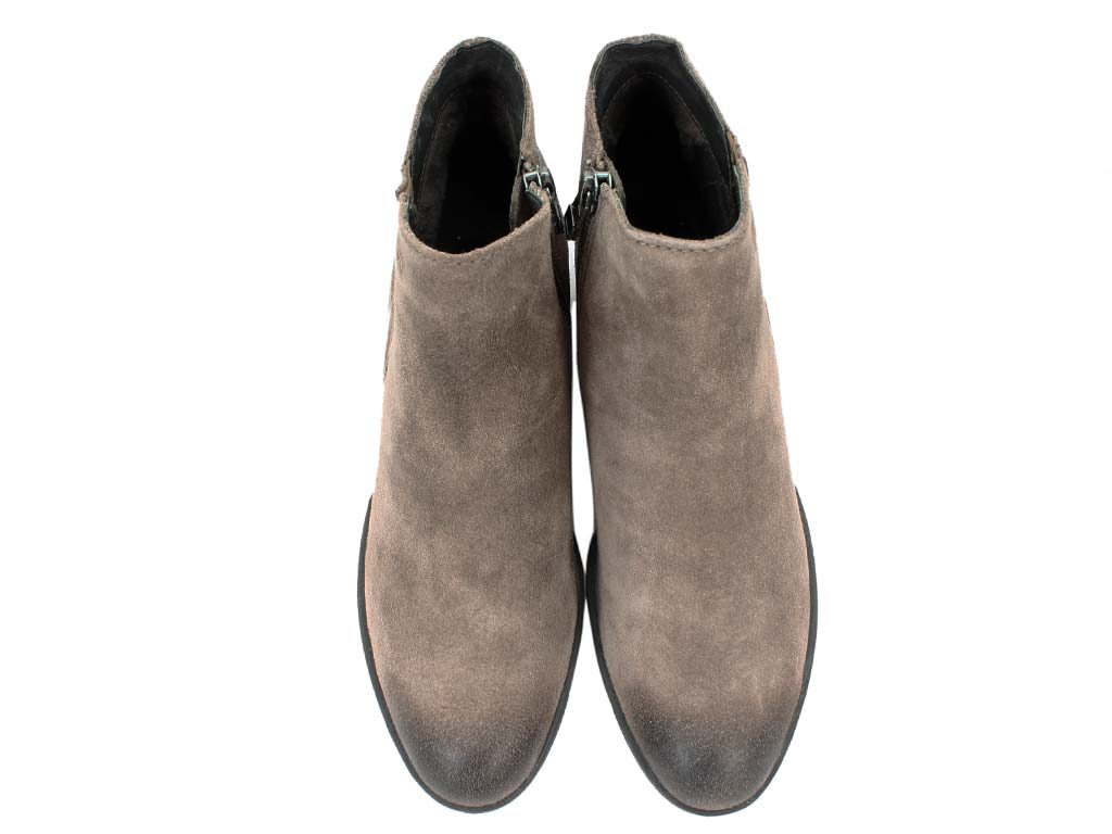 Josef Seibel Boots Daphne 09 Taupe upper view