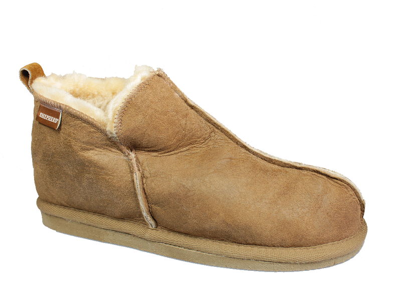 Shepherd Annie/Anton Sheepskin Slippers in Cognac