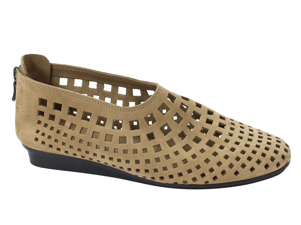 Arche Shoes Nirick Sand side view