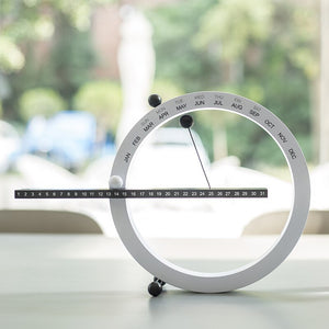Urban Tech Magnetic Clock