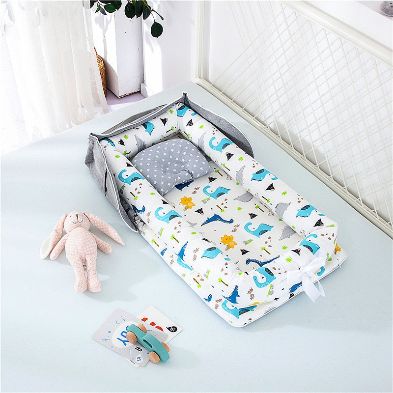 The Traveling Baby Portable Bed