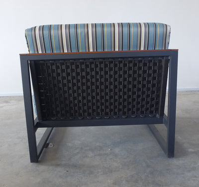 Cape Lounge Chair with Teak armrest