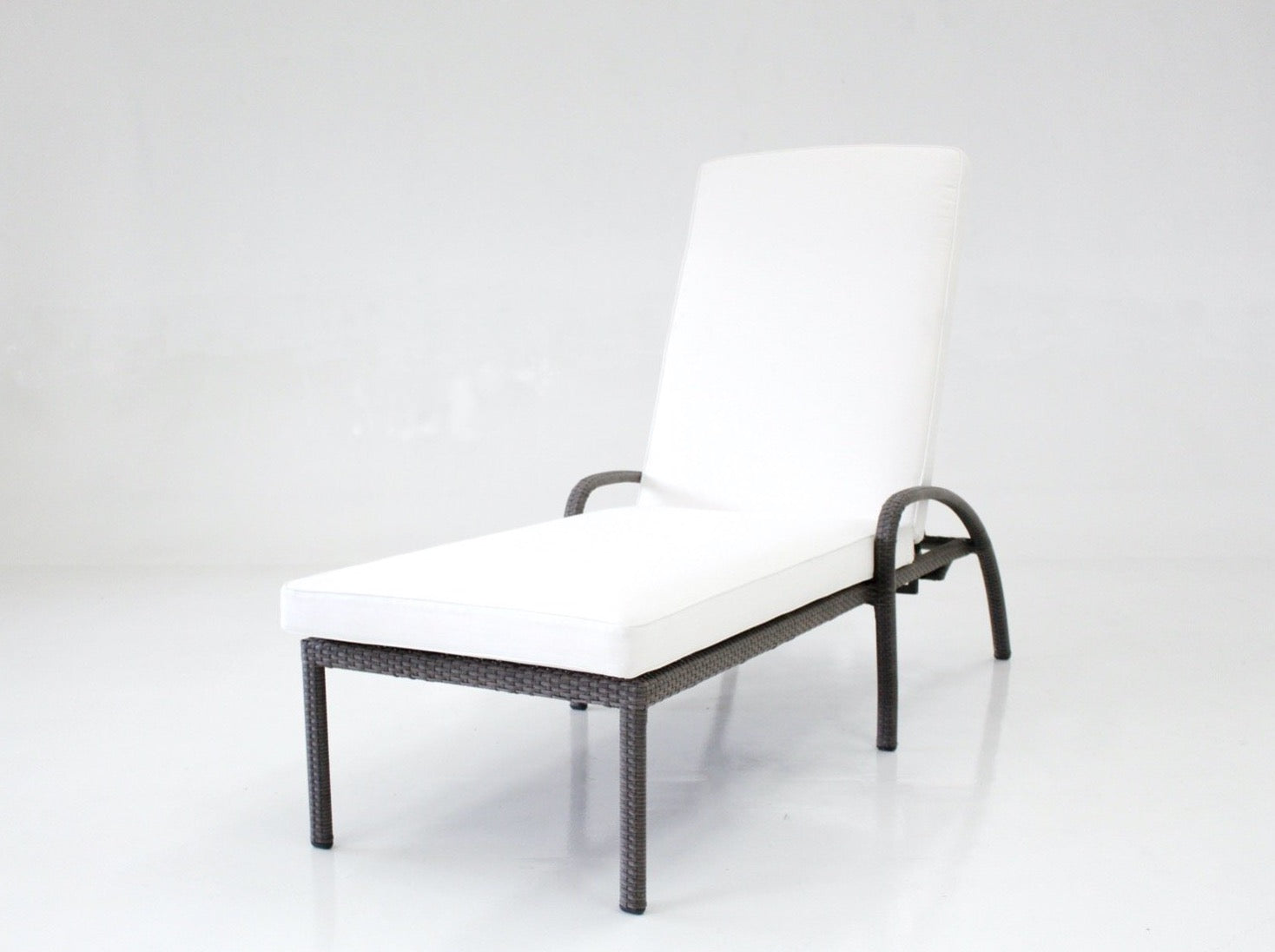 Alicante Chaise Lounge