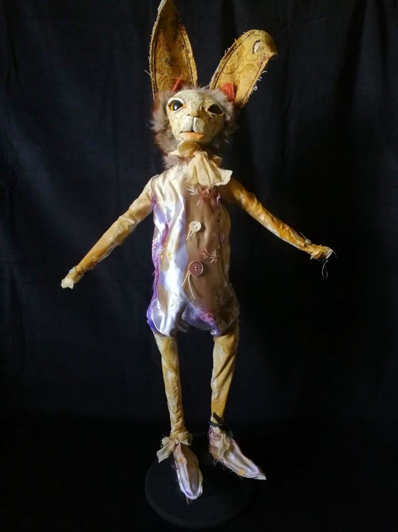 PIMSELL Rabbit Sculpture