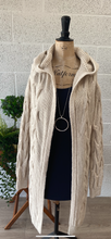 Load image into Gallery viewer, Cable Knit Hood Cardi