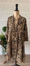 Load image into Gallery viewer, Tiger Print Collar Dress