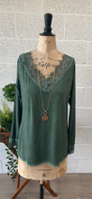 Load image into Gallery viewer, Long Sleeve Lace Vest