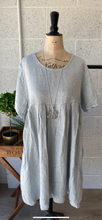 Load image into Gallery viewer, Linen Smock Tunic