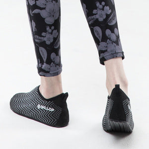 Skin Fit V1 Water Shoes Logmi Black