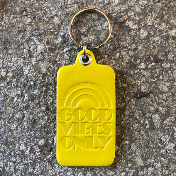 GOOD VIBES ONLY KEY TAG