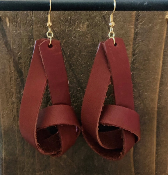 RUST KNOT EARRINGS