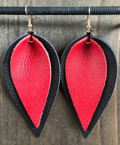 BLACK AND RED DOUBLE LEAF EARRINGS