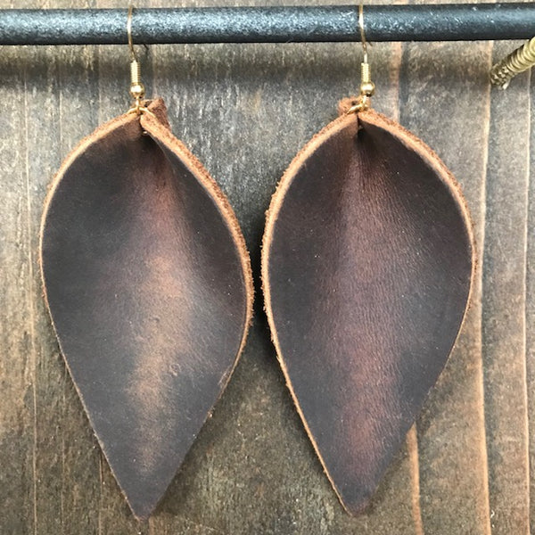 CRAZY HORSE SINGLE LEAF EARRINGS
