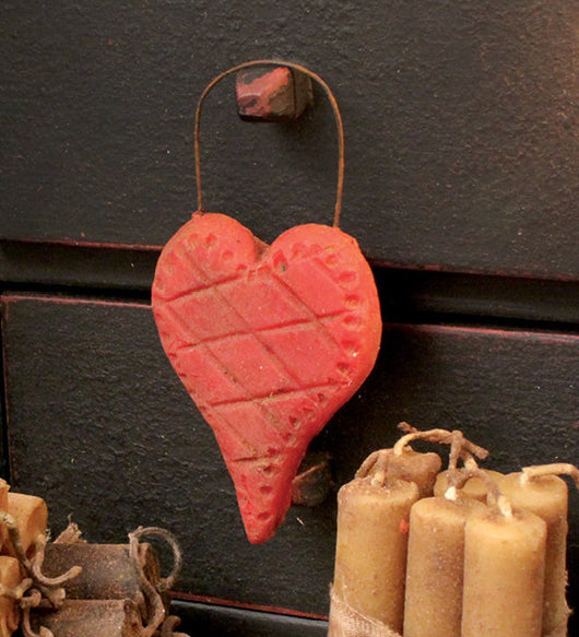 BB-RH Red Wax Heart Hanger