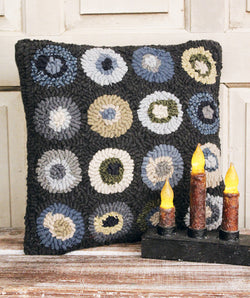 HD-1443 Blue Circles Pillow