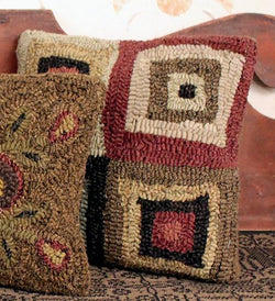 HD-1442 Squares Hooked Pillow