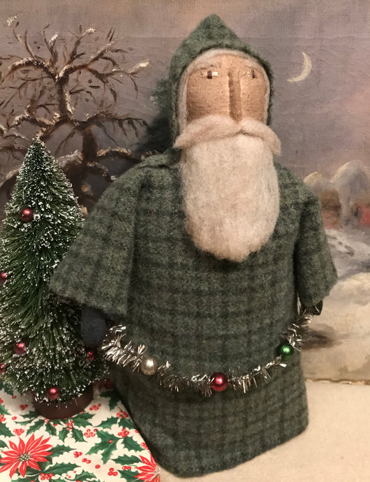 EC-1339B Wool Santa in Green Coat with Garland