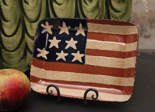 DTS-1917 American Flag Redware Tray